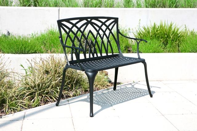 Panchina da giardino alium in alluminio nero ischia 139 99 for Giardino primrose
