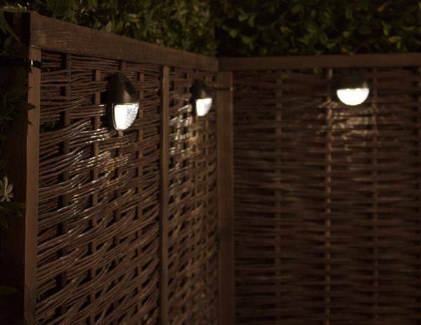 Luci solari per recinzioni da giardino confezione da 3 da